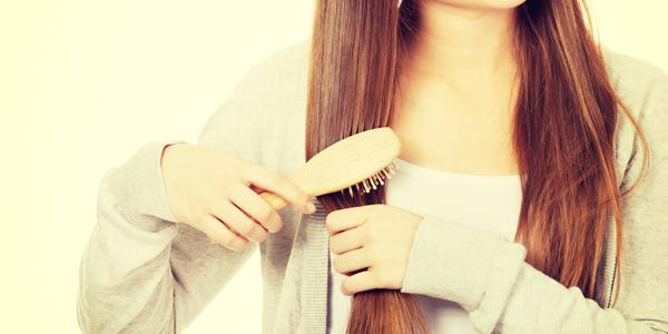 ヘアケアが逆効果に? 髪の傷みを招く5つのNG習慣